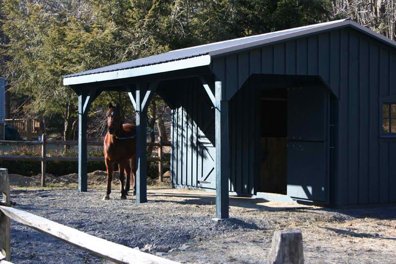10×20 Stall Barn w/ Overhang